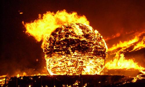Čedžu salos ugnies festivalis [www.esuwon.kr]